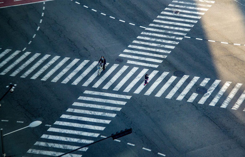 Sécurité des piétons : Le manuel de règles pour piétons d'un conducteur intelligent